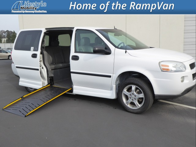 2007 Chevrolet Uplander Eldorado National Amerivan Dodge & Chrysler Amerivan PT Wheelchair Van For Sale