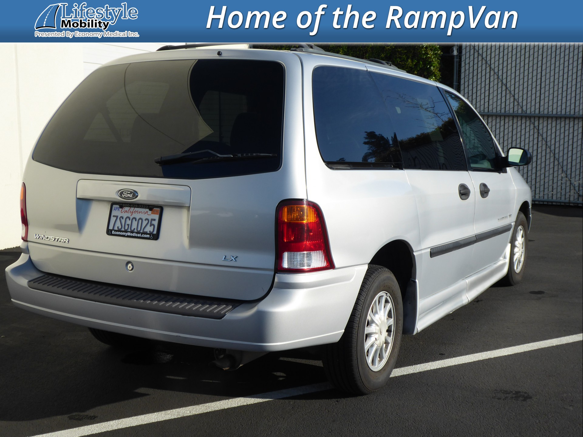 wheelchair van for sale 2002 ford windstar stock 2bb36420 lifestyle mobility lifestyle mobility